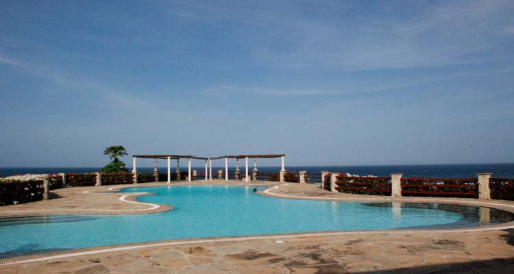 Vipingo holiday villa swimmingpool